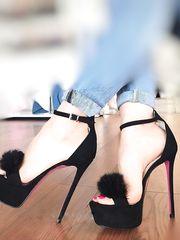 Milena la collezzionista di scarpe