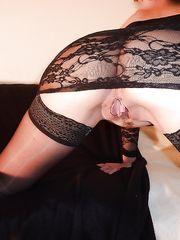 Mia moglie in lingerie nera