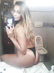 Selfie Ele allo specchio