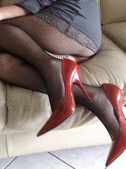 Mia moglie in tacchi rossi