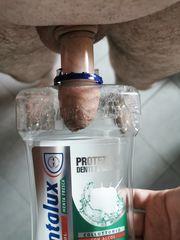 cazzino dentro bottiglia collutorio