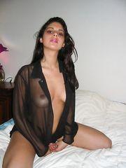 Martina calda brunetta
