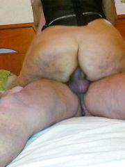 Una mamma culona sbattuna dietro