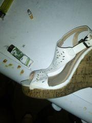 Sandali piedi calze sborra