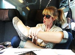 Gli splendidi piedini di Alessia Marcuzzi