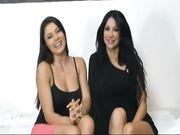 Sofia e Valeria lesbo in webcam