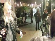 Andrea Dipre spompinato a Barcellona per strada da Luna Ramondini