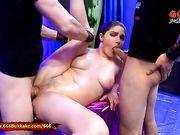 Francesca Dicaprio pisciata in bocca e scopata