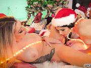 Karma RX e Valentina Nappi lesbo natalizio