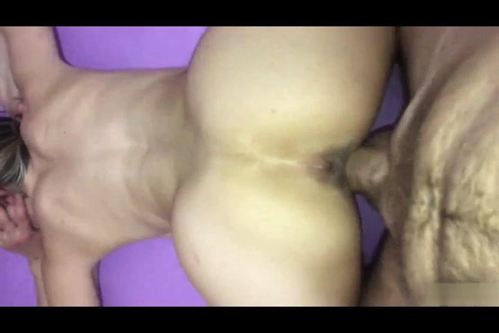 Moglie gode scopata a pecorina da marito dotato