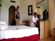 Italiana fa la porca in hotel con tecnico della Tv