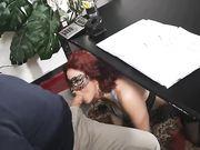 Miss Mina scopata in ufficio dal suo capo