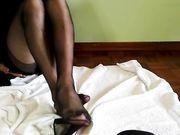 Italian feet femdom in collant