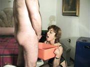 Gargarismi con la piscia moglie italiana troia