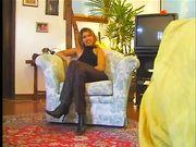 Lulu Santiago sexy cubana nella sua prima scena porno