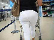 bel culo al supemercato