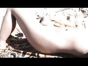 In vacanza fidanzata prede il sole nuda 2