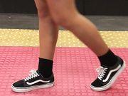 Teen gambe voyeur metro Napoli