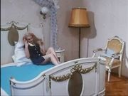 Rossana Doll pisciata in bocca da Roberto Malone