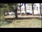 Amiche lesbiche di Mantova rimorchiate in un parco e inculate