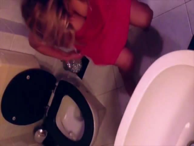 Mia Khalifa Lets Make Sextape