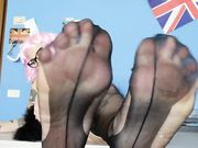Leccami i piedi parlato italiano