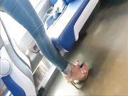 Turista bionda fica in treno