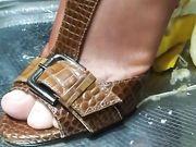 Sexy piedi trample e calpestamento banana